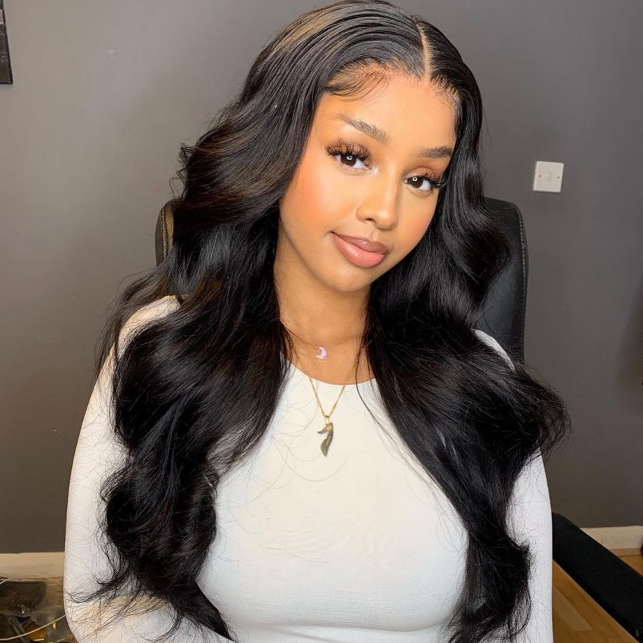 Uglam 13X4 / 13X6  Transparent Lace Front Body Wave Wig 200% Density